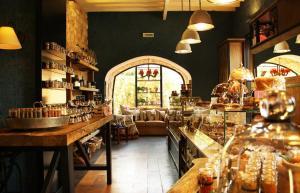 al Mandaloun Pâtisserie: the new gourmet destination