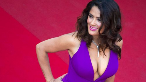 Salma Hayek: Women earn more than male actors only in porn