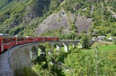spiralling viaduct of Brusio