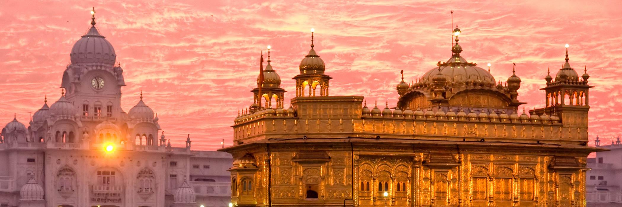Golden Temple at sunset, Amritsar, Punjab, India.