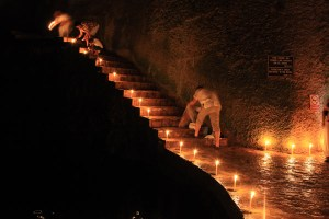 Ritual in einer Cenote