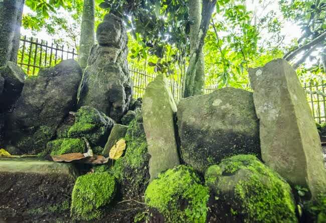 Wisata Jaman Batu di Desa Wisata Cibuntu
