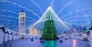 Pohon Natal Vilnus merupakan Pohon Natal Terindah 2016