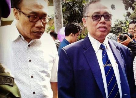 Rektor UIN Syarif Hidayatullah, Dede Rosyada (Kanan)