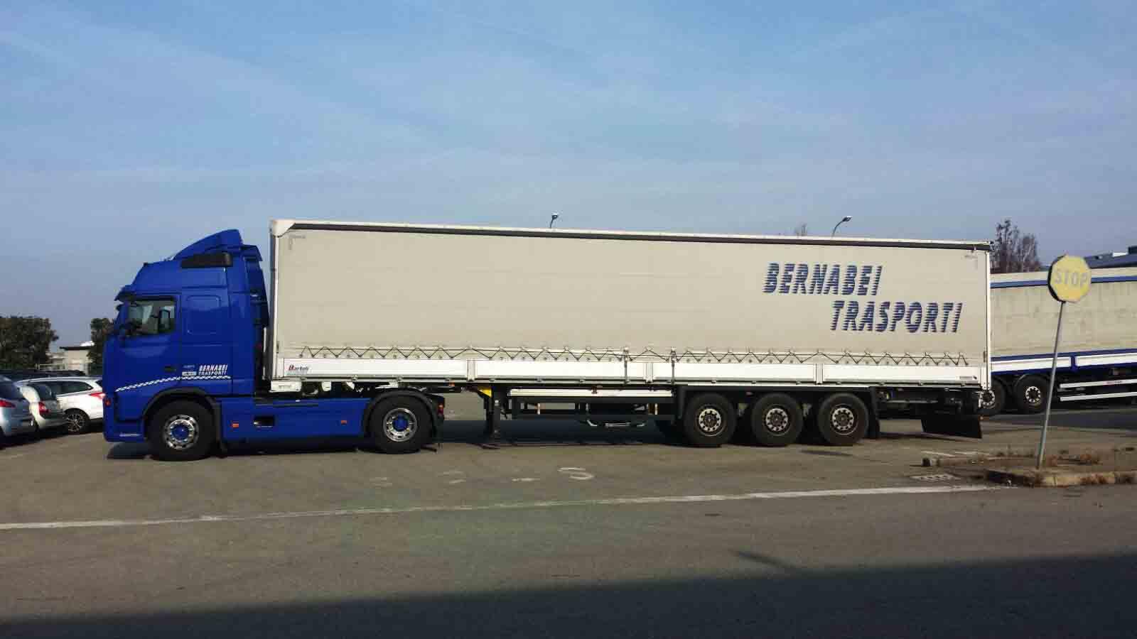 Deposito merci trasporto nazionale