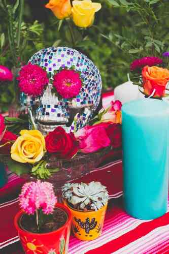 rock and roll bride wedding invitations skull wedding invitations Diy Mosaic Skull For Rock N Roll Bride Magazine Sneak Peak