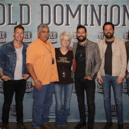 Old Dominion plays in Redding CA