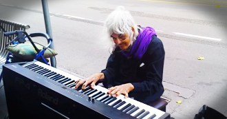 image_1413556940_jd_gv_old_lady_plays_piano_FB