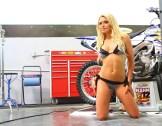 Yamaha Supercross e a modelo Dianna Dahlgren