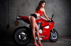 Ducati Girls: galeria de imagens e vídeos de muita beleza