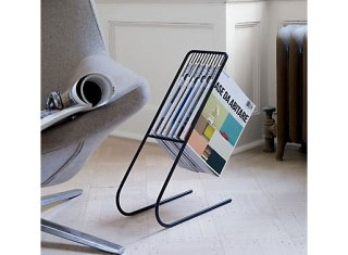 float-magazine-rack-2