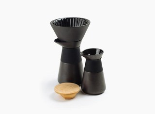 theo-coffee-maker-milkjug-1