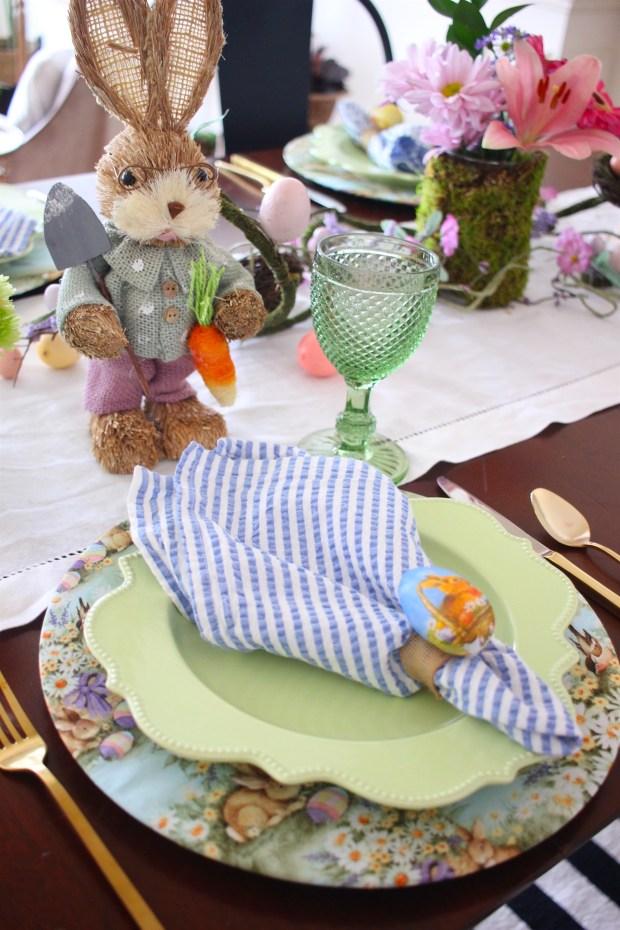 Easter table decor idea