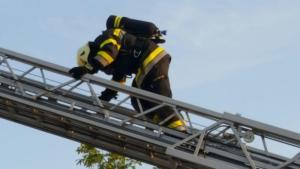 """Übung zum Thema """"Dachgeschossbrand"""""""