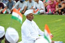 Hazare's Peaceful Protest is in no danger of turning Violent