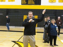 Action Auction - Jon Looney belts out a cheer.