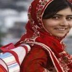 Malala camino al colegio