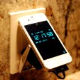 volt-buckle-smartphone-charger-2