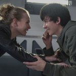 New The Space Between Us Trailer – Asa Butterfield is heading into space for love