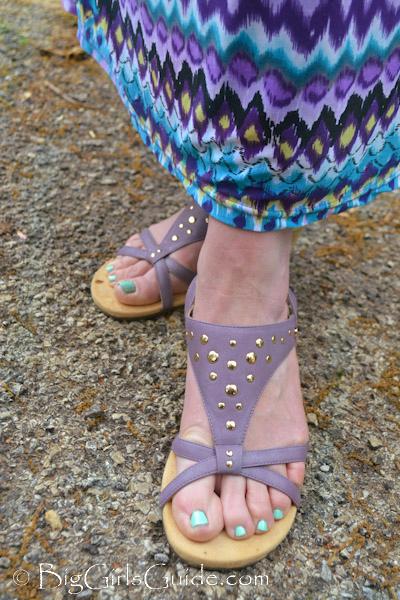 vonics sandals