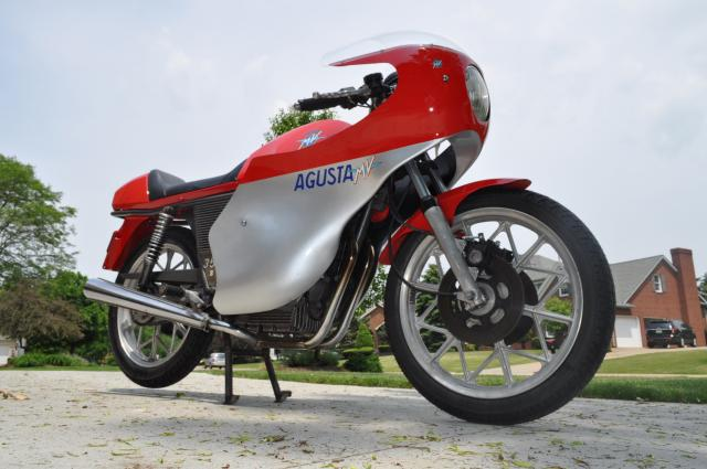 MV Agusta 350S Ipotesi - Right Side