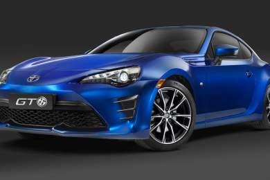 2017_Toyota_GT86_1