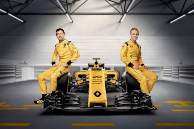 f1-renault-unveils-official-livery-2016-1