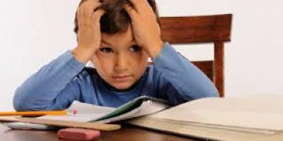 Sumber : http://serambimata.wordpress.com/2014/09/08/mengajarkan-mengantri-pada-anak-usia-dini-lebih-penting-dari-pada-baca-tulis-hitung/
