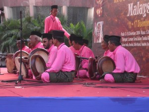 Drummers perform near Jalan Masjid India