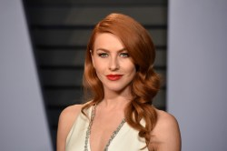 Howling Beverly Hills Ca Photo By Presley Ann P Performing Arts On March 4 2018 Julianne Hough Attends 2018 Vanity Fair Oscar Party Hosted By Radhika Jones Arrivals At Wallis Annenberg Center