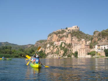 Birding by canoe on the River Ebro