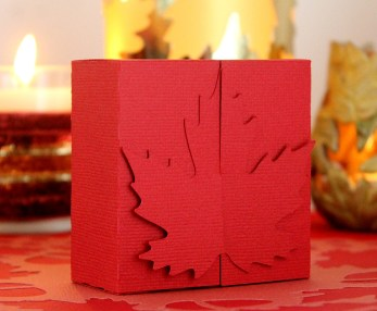 maple-leaf-favour-box