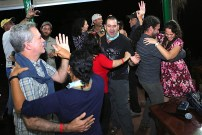 Fun at the closing dinner at Topes. (photo by Ernesto Reyes)