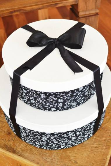 black-damask-70th-birthday-party-dessert-table-close-gift-box