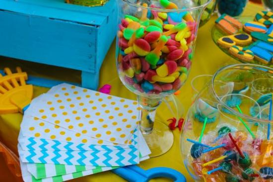 Colorful Beach Birthday Party snacks bags