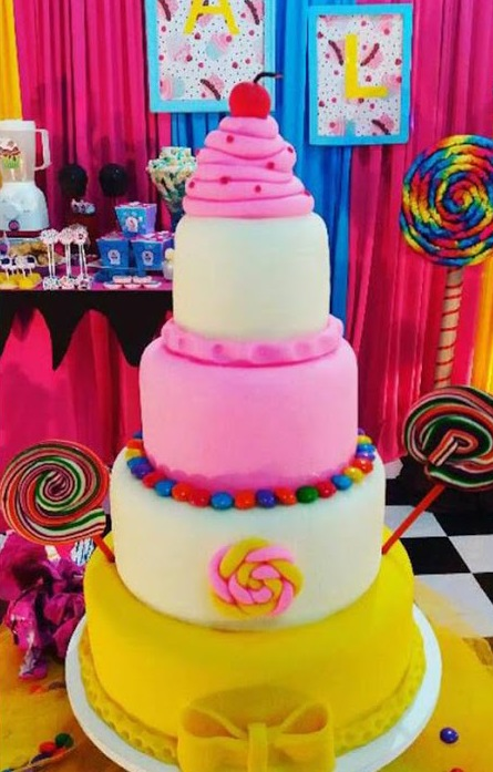 lollipop-candy-birthday-party-cake