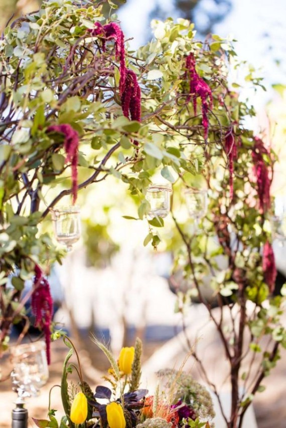 Colorful-Autumn-Outdoor-Party-Flowers