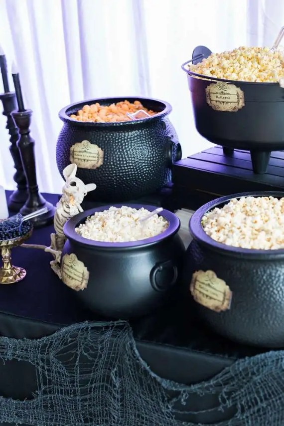 Spooky-Witches-Den-Party-Cauldron-Popcorn