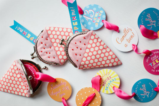 Teeny-Teen-Party-Coin-Purse-Invite