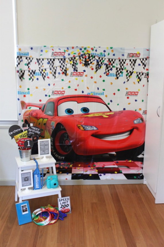 Cars-Desert-Inspired-Birthday-Party-Backdrop-Photos