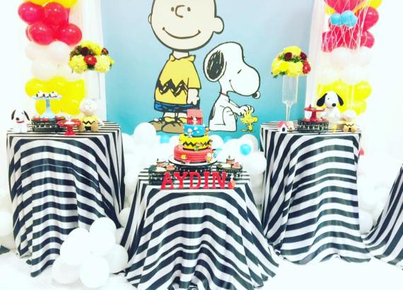 Snoopy-And-Pals-Birthday-Treat-Tables