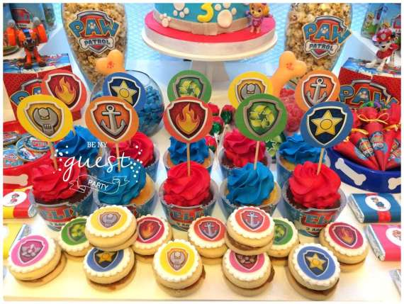 Colorful-Paw-Patrol-Birthday-Party-Cookies-And-Cupcakes