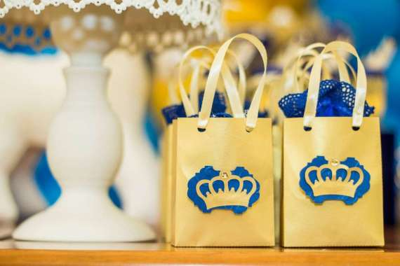 Blue-And-Yellow-Royal-Prince-Birthday-Gift-Bags
