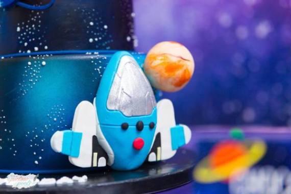 Galactic-Birthday-Celebration-Cake