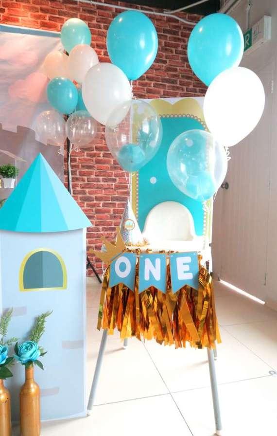 Royal-Tiffany-Inspired-Blue-And-Gold-Birthday-Balloons