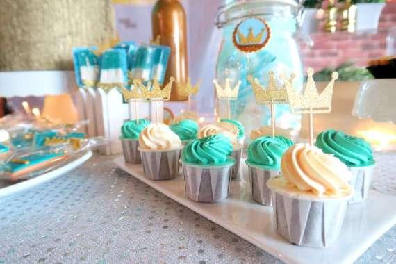 Royal-Tiffany-Inspired-Blue-And-Gold-Birthday-Cupcakes
