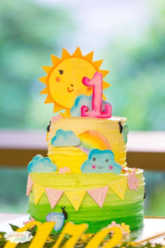 Whimsical-You-Are-My-Sunshine-Birthday-Cake