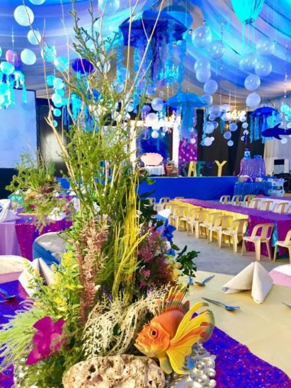 Tropical-Under-The-Sea-Adventure-Party-Centerpiece