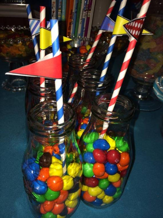 Dr.-Seuss-Birthday-Party-Candies