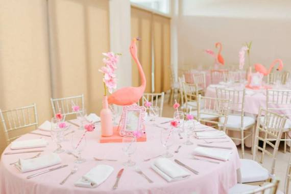 Tropical-Flowers-And-Flamingos-Birthday-Guest-Table